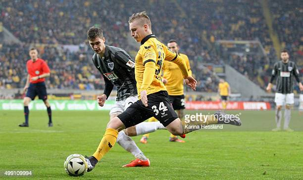 Quirin Moll of Dresden on the ball during the Third League match between SG Dynamo Dresden and Preussen Muenster at gluecksgas Arena on November 28...