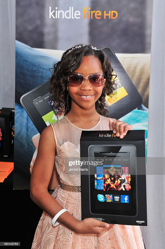 Quvenzhane Wallis poses in the Kindle Fire HD and IMDb Green Room during the 2013 Film Independent Spirit Awards at Santa Monica Beach on February 23, 2013 in Santa Monica, California.
