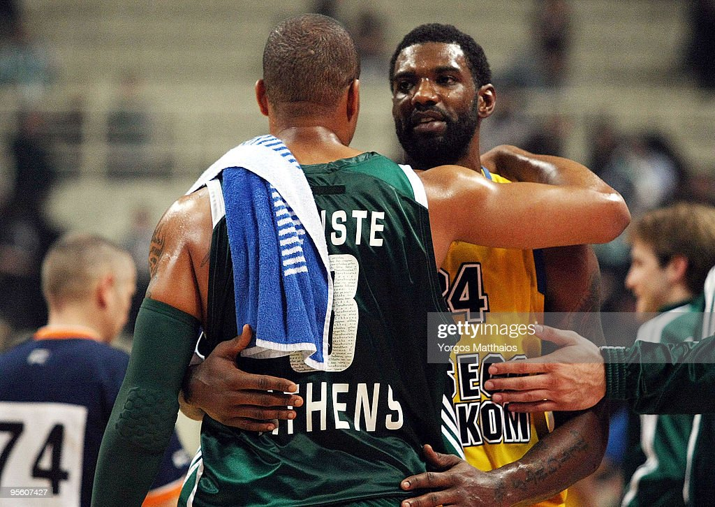 Qyntel Woods #24 of Asseco Prokom Gdynia and Mike Batiste #8 of Panathinaikos Athens during the Euroleague Basketball Regular Season 20092010 Game...