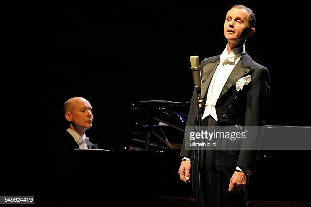 Raabe Max Musician Singer Conferencier Germany performing with pianist Christoph Israel in Hamburg Germany Musikhalle Laeiszhalle