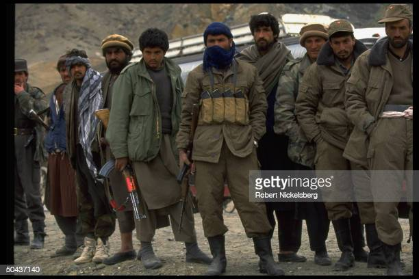 Rabbani govt forces on moving civil war front in factional fighting w rival mujahedin incl newly dominant Islamic Taliban