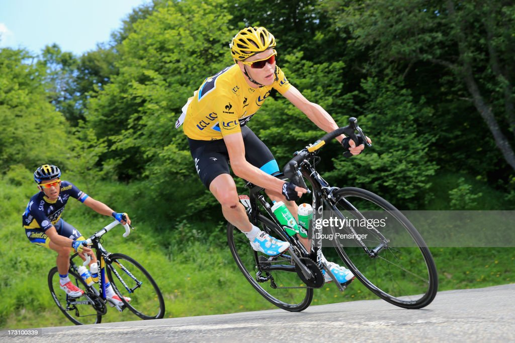 Race leader <a gi-track='captionPersonalityLinkClicked' href=/galleries/search?phrase=Chris+Froome&family=editorial&specificpeople=5428054 ng-click='$event.stopPropagation()'>Chris Froome</a> of Great Britain and Sky Procycling is followed by <a gi-track='captionPersonalityLinkClicked' href=/galleries/search?phrase=Alberto+Contador&family=editorial&specificpeople=562697 ng-click='$event.stopPropagation()'>Alberto Contador</a> of Spain and Team Saxo-Tinko on the decent of the Col De Mente during stage nine of the 2013 Tour de France, a 168.5KM road stage from Saint-Girons to Bagneres-de-Bigorre, on July 7, 2013 in Bagneres-de-Bigorre, France.