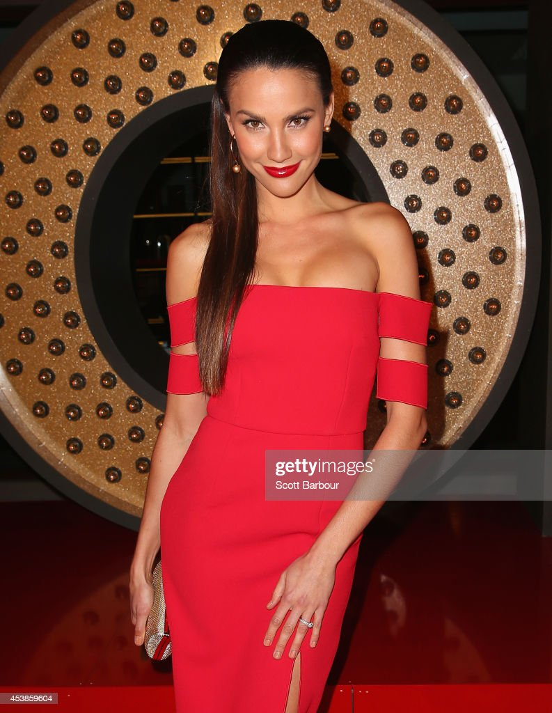 <a gi-track='captionPersonalityLinkClicked' href=/galleries/search?phrase=Rachael+Finch&family=editorial&specificpeople=5521670 ng-click='$event.stopPropagation()'>Rachael Finch</a> attends the launch of Emporium Melbourne on August 20, 2014 in Melbourne, Australia.