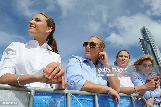 Rachael Finch Zara Phillips Francesca Cumani and Katie PageHarvey watch the horses race on the beach before the Magic Millions Barrier Draw on...