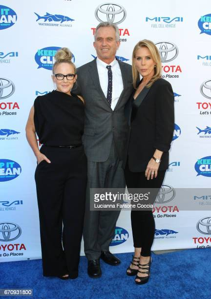 Rachael Harris Robert F Kennedy Jr and Cheryl Hines attend Keep It Clean Live Comedy Benefit for Waterkeeper Alliance at Avalon Hollywood on April 20...