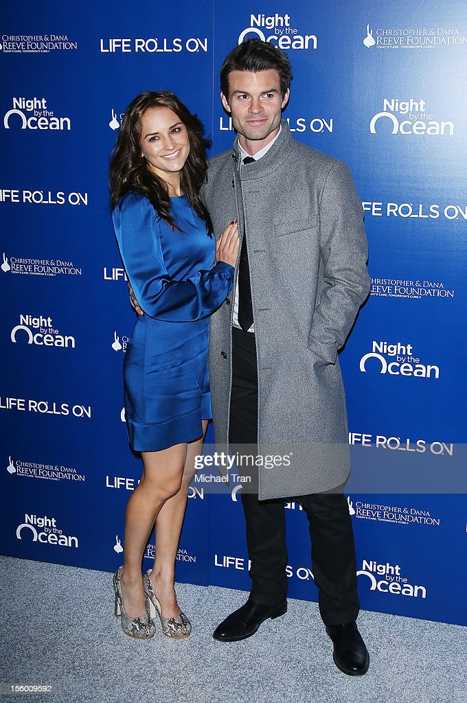 <a gi-track='captionPersonalityLinkClicked' href=/galleries/search?phrase=Rachael+Leigh+Cook&family=editorial&specificpeople=208121 ng-click='$event.stopPropagation()'>Rachael Leigh Cook</a> (L) and <a gi-track='captionPersonalityLinkClicked' href=/galleries/search?phrase=Daniel+Gillies&family=editorial&specificpeople=675058 ng-click='$event.stopPropagation()'>Daniel Gillies</a> arrive at The Life Rolls On Foundation's 9th Annual Night By The Ocean held at The Ritz-Carlton on November 10, 2012 in Marina del Rey, California.