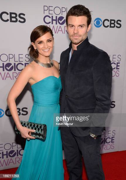 Rachael Leigh Cook and Daniel Gillies attends the 2013 People's Choice Awards at Nokia Theatre LA Live on January 9 2013 in Los Angeles California