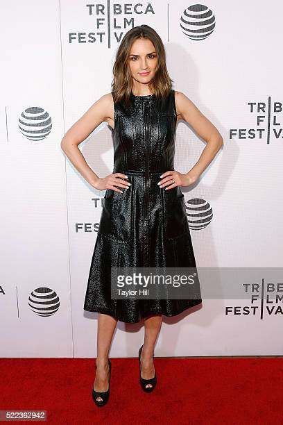 Rachael Leigh Cook attends the premiere of 'Elvis Nixon' at Borough of Manhattan Community College during the 2016 TriBeCa Film Festival on April 18...