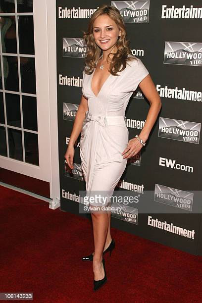 Rachael Leigh Cook during Entertainment Weekly's New York 2007 Oscar Viewing Party at Elaine's at 1703 Second Avenue and 88th Street in New York City...