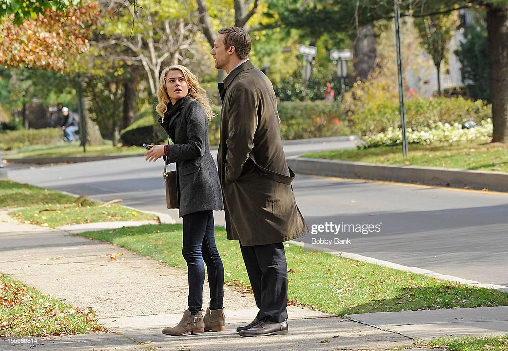 Rachael Taylor and Teddy Sears filming on location for '666 Park Avenue' on November 6, 2012 in the Brooklyn borough of New York City.