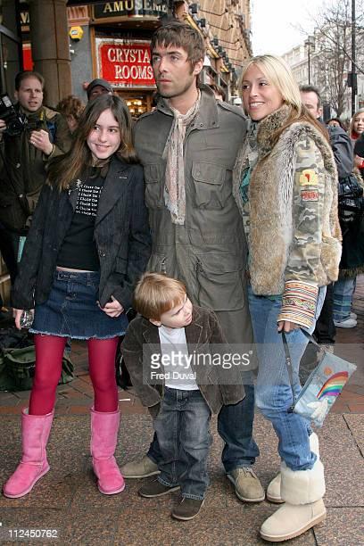 Rachel Appleton Gene Gallagher Liam Gallagher and Nicole Appleton