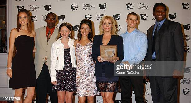 Rachel Boston Keith Robinson Sarah Ramos Vanessa Lengies Gail O'Grady Will Estes Jonathan Adams of American Dreams