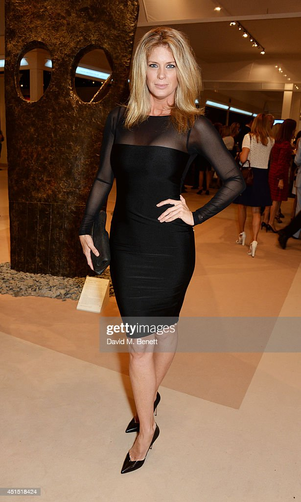 <a gi-track='captionPersonalityLinkClicked' href=/galleries/search?phrase=Rachel+Hunter&family=editorial&specificpeople=203027 ng-click='$event.stopPropagation()'>Rachel Hunter</a> arrives at The Masterpiece Marie Curie Party supported by Jaeger-LeCoultre and hosted by Heather Kerzner at The Royal Hospital Chelsea on June 30, 2014 in London, England.