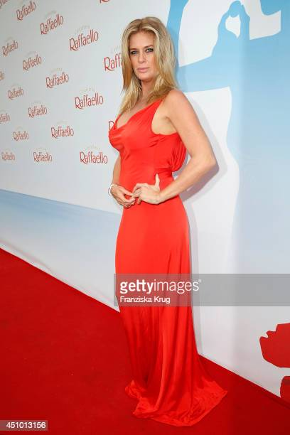 Rachel Hunter attends the Raffaello Summer Day 2014 on June 21 2014 in Berlin Germany