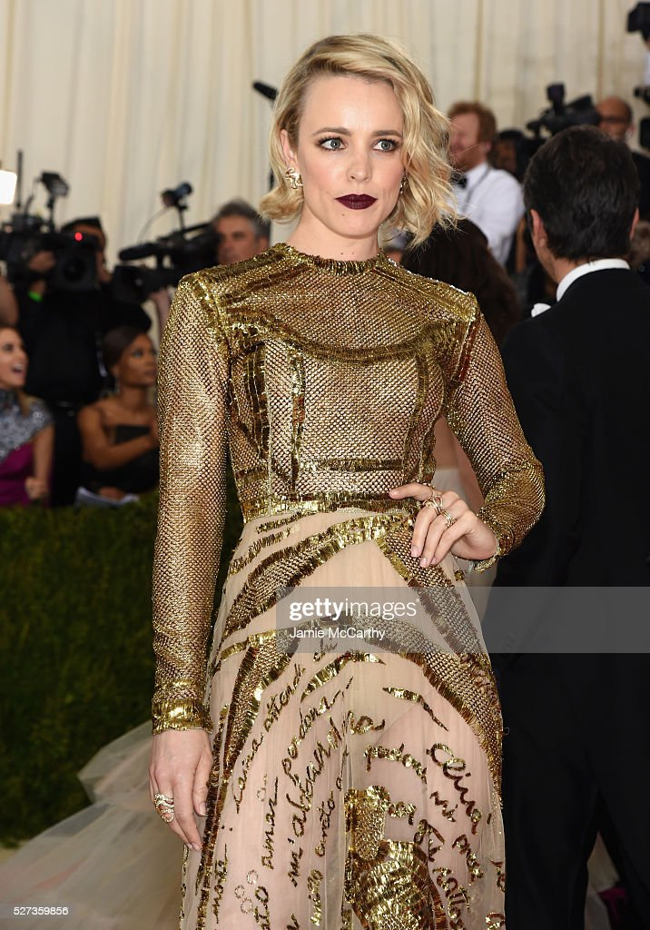 Rachel McAdams attends the 'Manus x Machina: Fashion In An Age Of Technology' Costume Institute Gala at Metropolitan Museum of Art on May 2, 2016 in New York City.