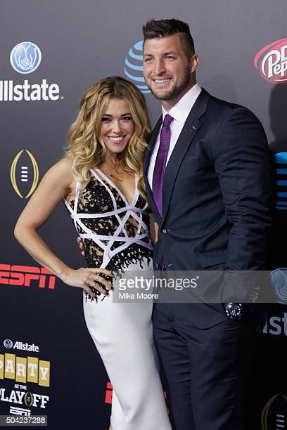 Rachel Platten and Tim Tebow attend the Allstate party at the Playoff Blue Carpet on January 9 2016 in Phoenix Arizona