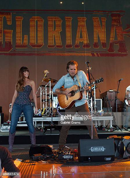 Rachel Reinert and Mike Gossin of Gloriana perform in concert at Tinley Park on June 14 2014 in Chicago Illinois