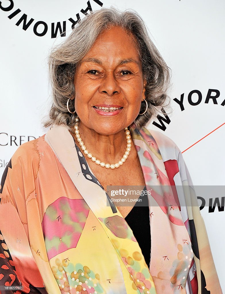 Rachel Robinson attends The New York Philharmonic 172nd Season Opening Night Gala at Avery Fisher Hall, Lincoln Center on September 25, 2013 in New York City.