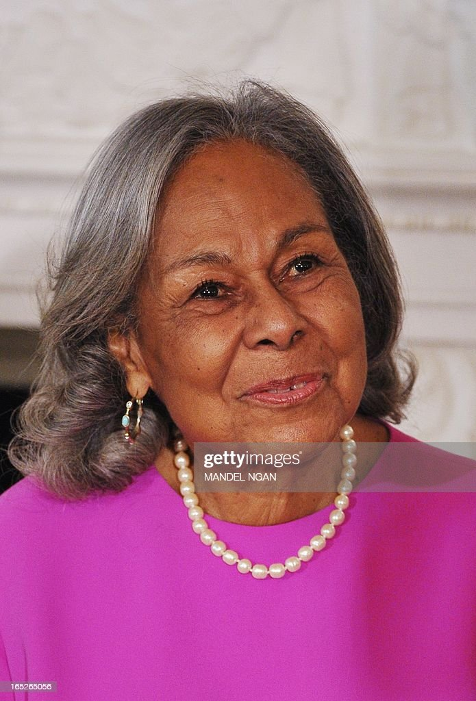 "Rachel Robinson, widow of Jackie Robinson, smiles during a student workshop with the cast and crew of the film ""42"" on April 2, 2013 in the State Dining Room of the White House in Washington, DC. The movie is the life story of US baseball player Jackie Robinson. AFP PHOTO/Mandel NGAN"