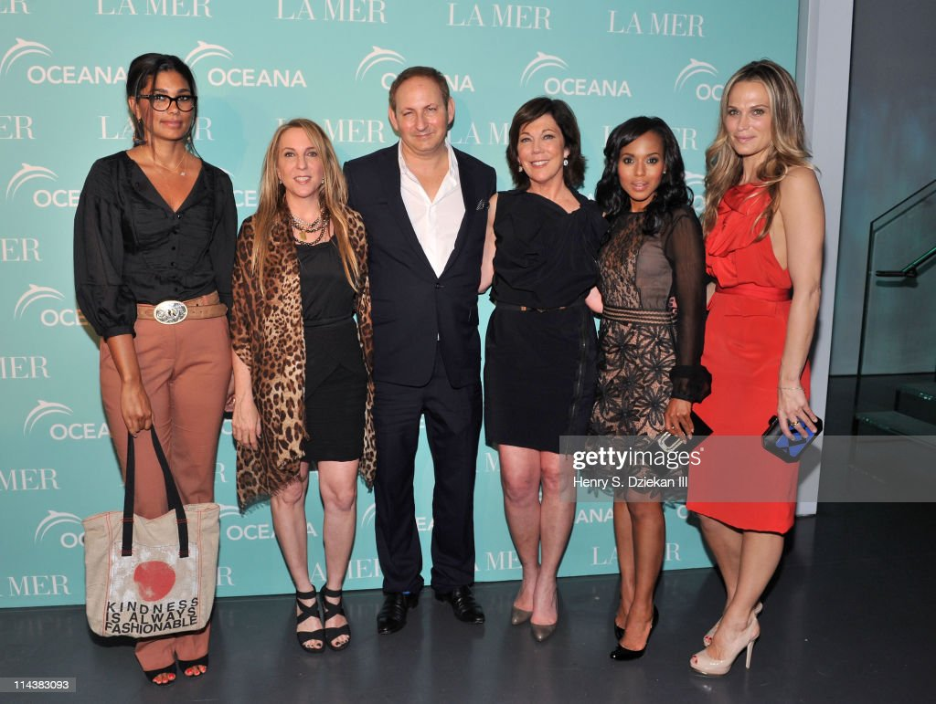 Rachel Roy, Susan Cohn Rockefeller, John Dempsey, President of La Mer Maureen Case, Kerry Washington and Molly Sims attend World Ocean Day 2011 celebrated by La Mer and Oceana at Affirmation Arts on May 18, 2011 in New York City.