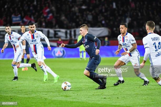Rachid Ghezzal of Lyon Marco Verratti of PSG Memphis Depay of Lyon and Sergi Darder of Lyon during the French Ligue 1 match between Paris Saint...