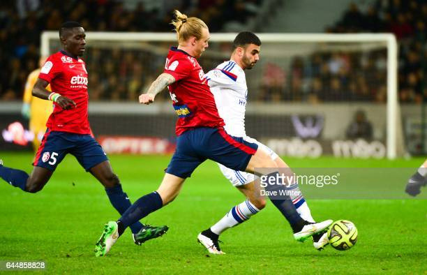 Rachid GHEZZAL / Simon KJAER Lille / Lyon 27eme journee de Ligue 1 Photo Dave Winter / Icon Sport