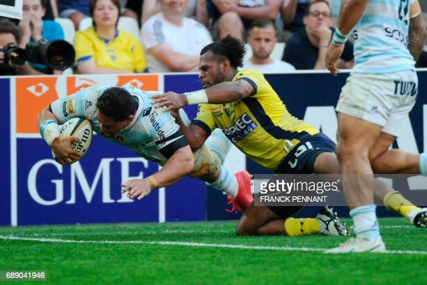 Racing 92's New Zealand Number Eight Chris Masoe scores a try during the French Top 14 rugby union semifinal match between Clermont and Racing 92 on...