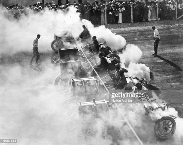 Racing cars at starting line (B&W)