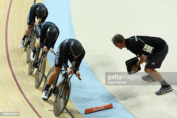 Racquel Sheath Rushlee Buchanan and Jaime Nielsen of New Zealand compete in the Women's Team Pursuit Track Cycling Qualifying on Day 6 of the 2016...