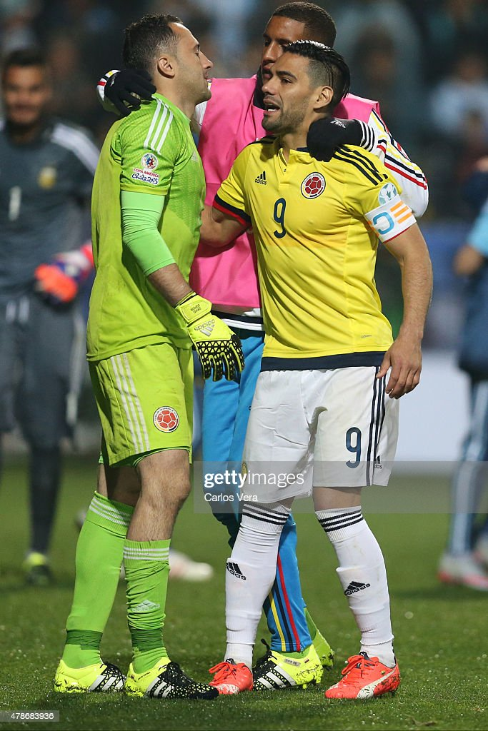 <a gi-track='captionPersonalityLinkClicked' href=/galleries/search?phrase=Radamel+Falcao&family=editorial&specificpeople=3022104 ng-click='$event.stopPropagation()'>Radamel Falcao</a> Garcia and <a gi-track='captionPersonalityLinkClicked' href=/galleries/search?phrase=David+Ospina&family=editorial&specificpeople=4104267 ng-click='$event.stopPropagation()'>David Ospina</a> of Colombia look dejected after the 2015 Copa America Chile quarter final match between Argentina and Colombia at Sausalito Stadium on June 26, 2015 in Viña del Mar, Chile.