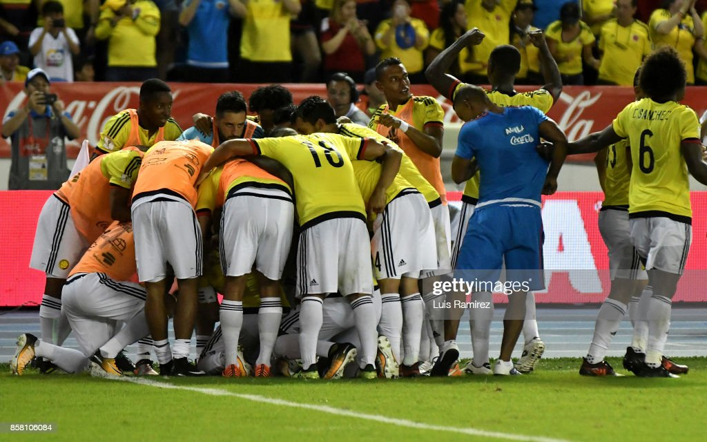 Radamel Falcao of Colombia celebrates with teammates after scoring the opening goal during a match between Colombia and Paraguay as part of FIFA 2018 World Cup Qualifiers at Metropolitano Roberto Melendez Stadium on October 5, 2017 in Barranquilla, Colombia.