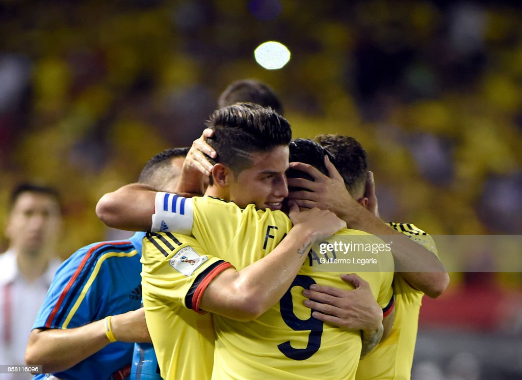 Radamel Falcao of Colombia celebrates with teammates after scoring the opening goal during a match between Colombia and Paraguay as part of FIFA 2018 World Cup Qualifiers at Metropolitano Roberto Melendez Stadium on October 05, 2017 in Barranquilla, Colombia.
