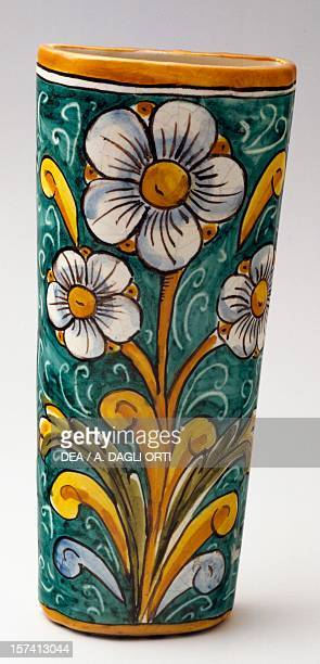 Radiator humidifier with floral decorations ceramic 22 cm Marcinno manufacture Caltagirone Sicily Italy 20th century