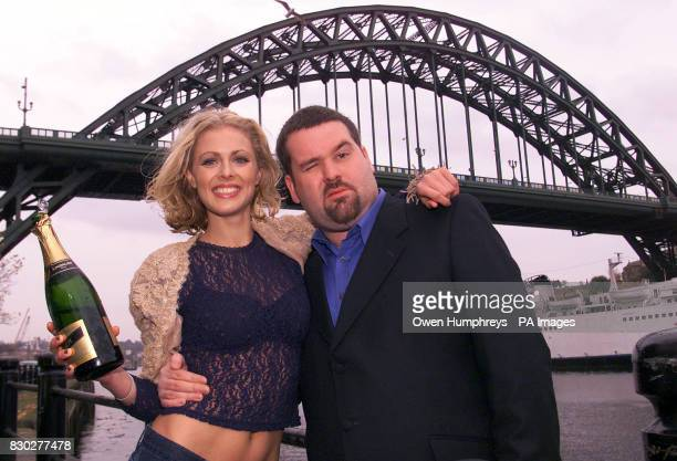 Radio 1 DJ Chris Moyles and Sky TV presenter Donna Air in Newcastle below the Tyne Bridge to launch the new Look 'Tube' A music programme which...