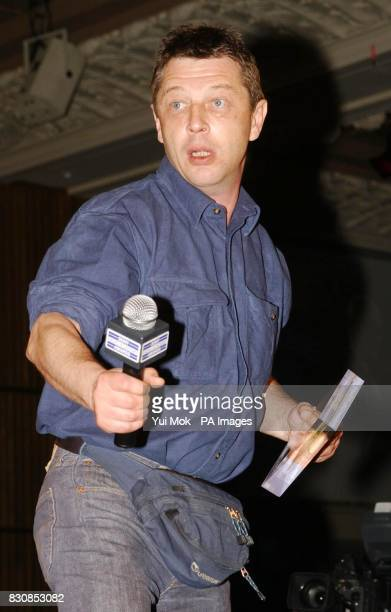 Radio 3 presenter Andy Kershaw with the Specialist Music Award at the Sony Radio Academy Awards 2002 at the Grosvenor House Hotel in London