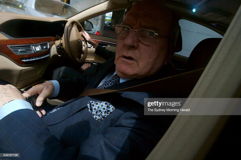2GB radio commentator <b>Alan Jones</b> on his way home from work this afternoon, ... - radio-commentator-alan-jones-on-his-way-home-from-work-this-afternoon-picture-id540157105