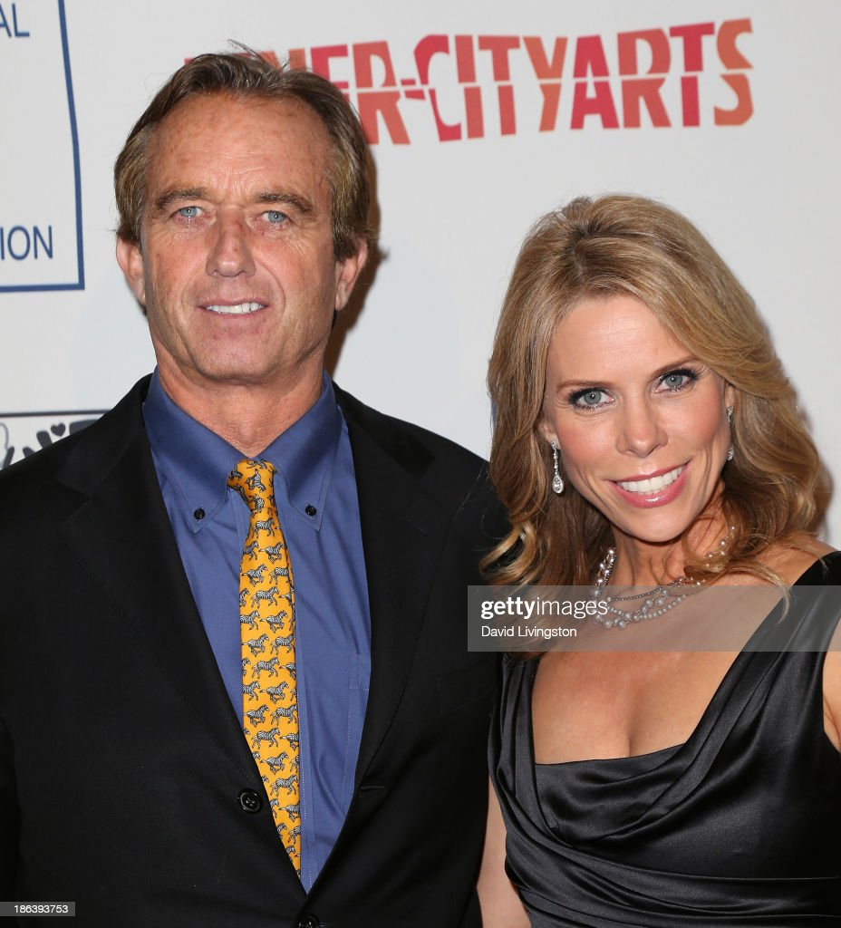 Radio host Robert F. Kennedy, Jr. (L) and actress <a gi-track='captionPersonalityLinkClicked' href=/galleries/search?phrase=Cheryl+Hines&family=editorial&specificpeople=209249 ng-click='$event.stopPropagation()'>Cheryl Hines</a> attend the Inner-City Arts 2013 Imagine Gala at the Beverly Hilton Hotel on October 30, 2013 in Beverly Hills, California.