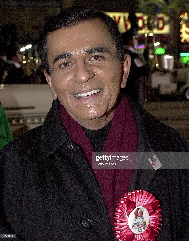 Radio legend <a gi-track='captionPersonalityLinkClicked' href=/galleries/search?phrase=Casey+Kasem&family=editorial&specificpeople=1545344 ng-click='$event.stopPropagation()'>Casey Kasem</a> arrives at the Hollywood Christmas Parade, November 26, 2000 in Hollywood, CA.