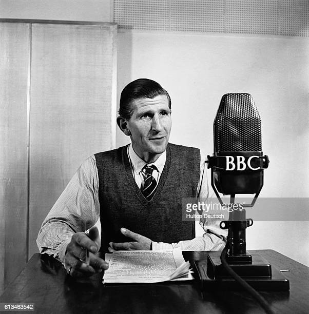BBC radio news announcer Alvar Liddell He is the man who announced the abdication of King Edward VIII