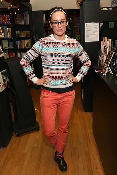 Radio personality and former MTV VJ Lisa Kennedy poses