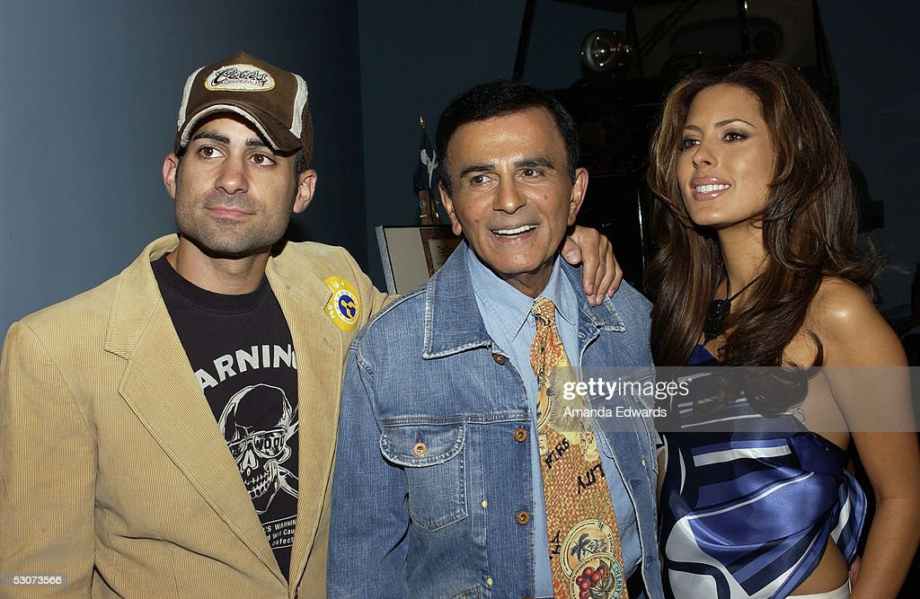 Radio personality Casey Kasem (c) and his children Mike and Kerri arrive at the Golden Dads Awards ceremony at the Peterson Automotive Museum on June 15, 2005 in Los Angeles, California.
