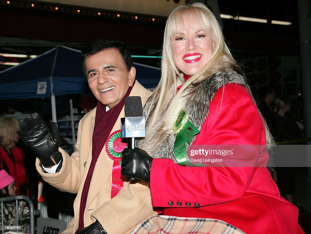 Radio personality Casey Kasem (L) and his wife Jean Kasem ride in the 2007 Hollywood's Santa Parade on November 25, 2007 in Hollywood, California.