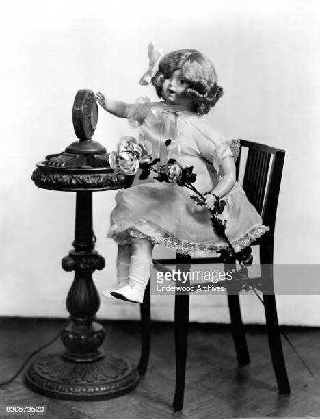 Radio Rose the brainchild doll of 'The Lady Edison' Beulah Louise Henry makes her broadcasting debut on the Gimbel Brothers Department store inhouse...