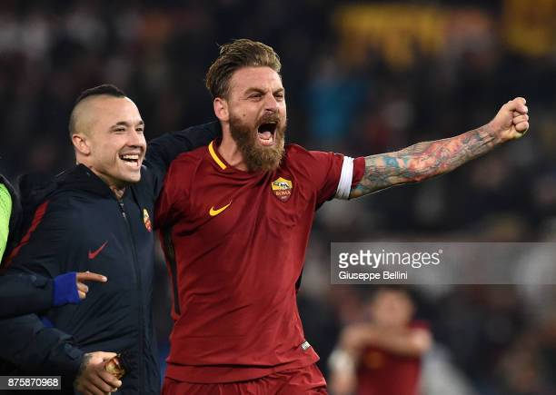 Radja Nainggolan and Daniele De Rossi of AS Roma celebrate with Radja Nainggolan after scoring the opening goal during the Serie A match between AS...