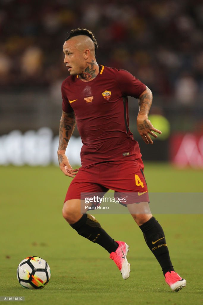Radja Nainggolan of AS Roma in action during the friendly match between AS Roma and Chapecoense at Olimpico Stadium on September 1, 2017 in Rome, Italy.