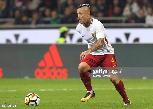 Radja Nainggolan of AS Roma in action during the Serie A match between AC Milan and AS Roma at Stadio Giuseppe Meazza on October 1 2017 in Milan Italy