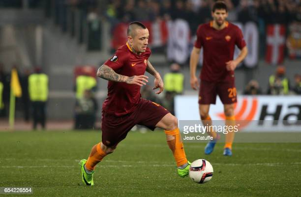 Radja Nainggolan of AS Roma in action during the UEFA Europa League Round of 16 second leg match between AS Roma and Olympique Lyonnais at Stadio...