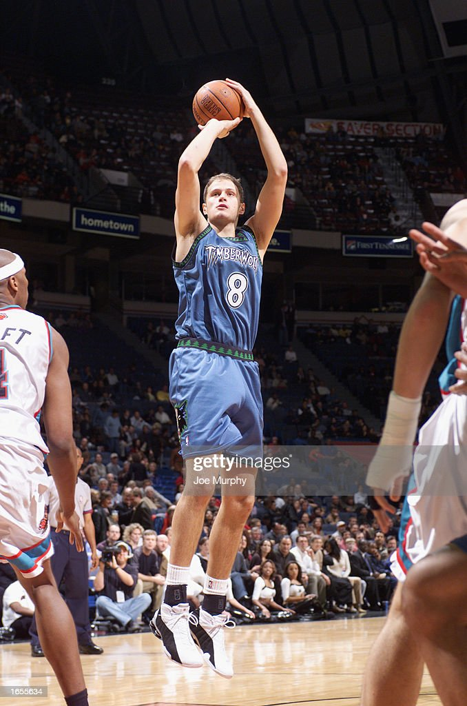 Radoslav Nesterovic #8 of the Minnesota Timberwolves shoots a jump shot during the NBA game against the Memphis Grizzlies at The Pyramid on November 15, 2002 in Memphis, Tennessee. The Timberwolves won 99-95.