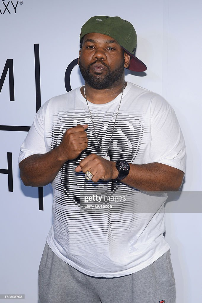<a gi-track='captionPersonalityLinkClicked' href=/galleries/search?phrase=Raekwon&family=editorial&specificpeople=798556 ng-click='$event.stopPropagation()'>Raekwon</a> attends JAY Z and Samsung Mobile's celebration of the Magna Carta Holy Grail album, available now through a customized app in Google Play and Samsung Apps exclusively for Samsung Galaxy S 4, Galaxy S III and Note II users on July 3, 2013 in Brooklyn City.