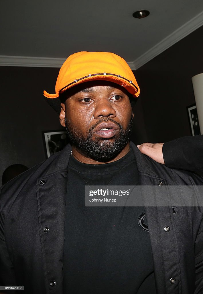 <a gi-track='captionPersonalityLinkClicked' href=/galleries/search?phrase=Raekwon&family=editorial&specificpeople=798556 ng-click='$event.stopPropagation()'>Raekwon</a> backstage at Waka Flocka's 'Thank You To Hip Hop' concert at BB King on February 21, 2013, in New York City.